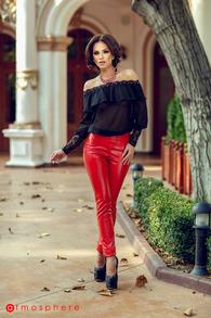 P 539 pantaloni rosii piele ecologica