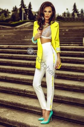 Pantaloni albi creion P 654