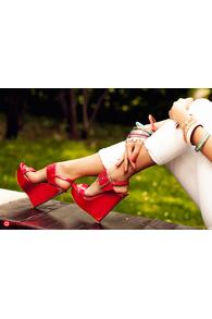 Sandale cu talpa ortopedica rosii lacuite cu catarama aurie YX-W4r