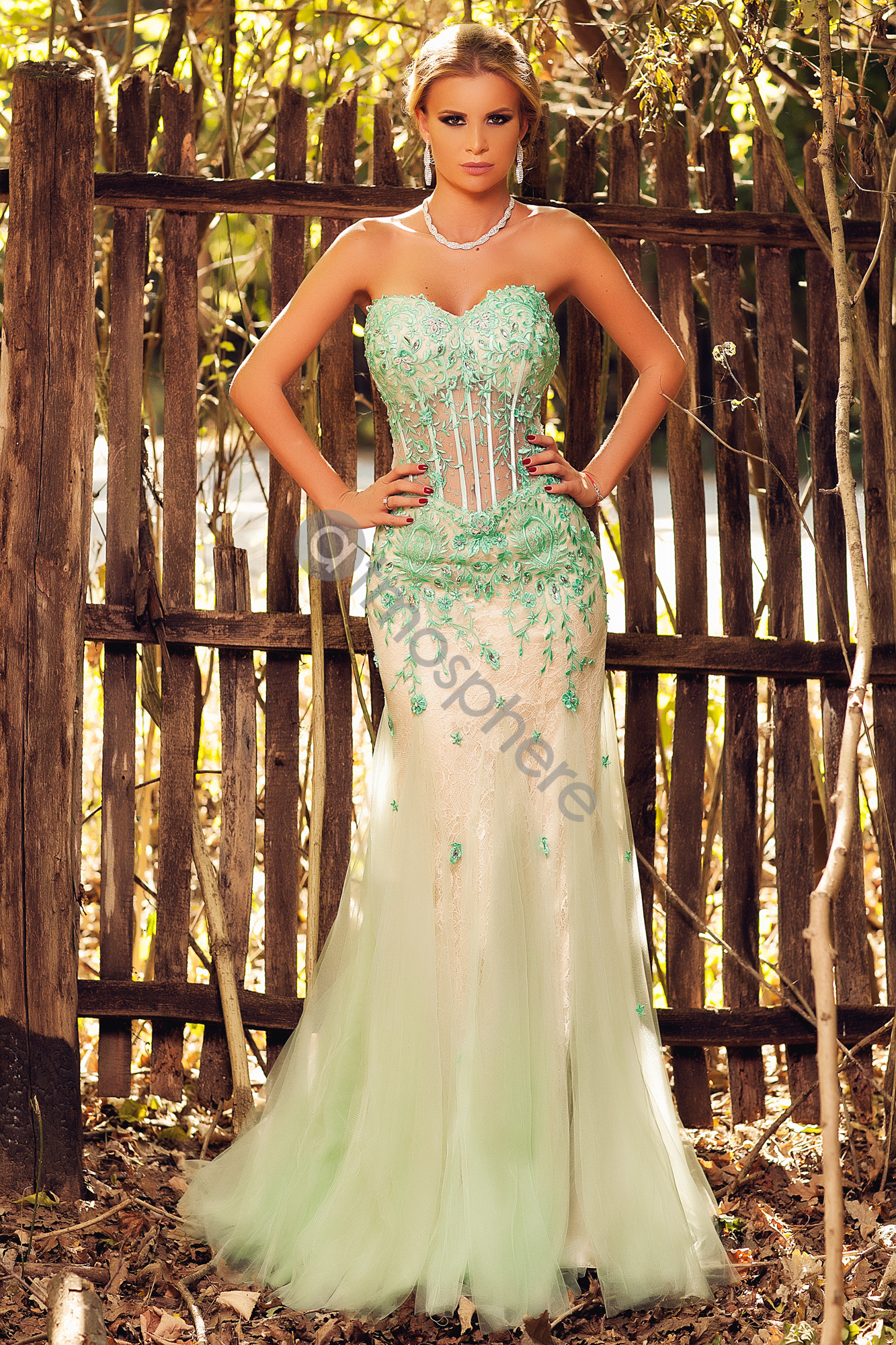 ROCHIE LUNGA BRODERIE VERDE SI CRISTALE C 25788