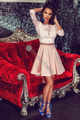 Rochie scurta alba voal creponat si broderie neagra bust C156018 Rochie baby-doll dantela roz pudra Rn 585